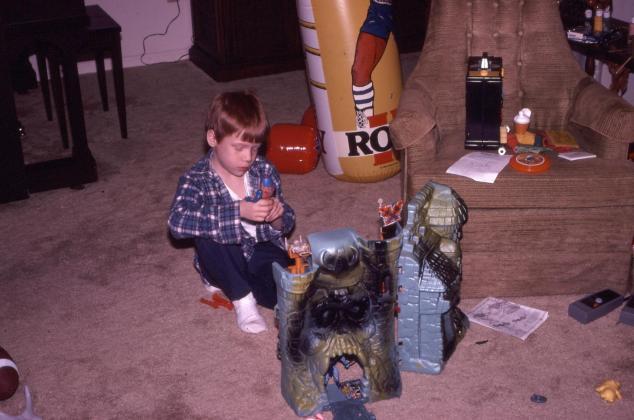 Christmas 5 1983.JPG