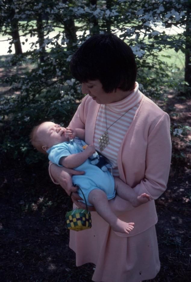 Easter 11 1977.jpg